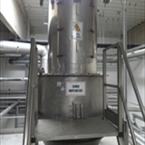 REIMELT Stainless Steel Holding Tank with Vibrating Sieve Unit 1