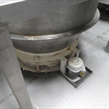 REIMELT Stainless Steel Holding Tank with Vibrating Sieve Unit 4