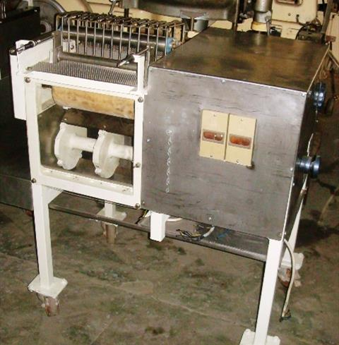 Lalesse Chipper Snacks Cutter